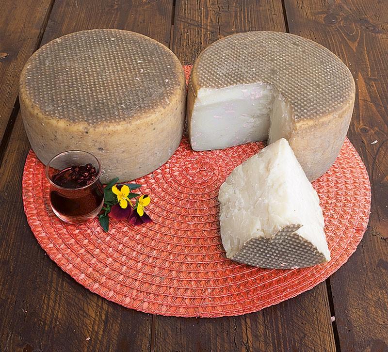Goat cheese Discordia
