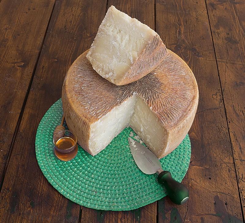 Pecorino cheese Superbo